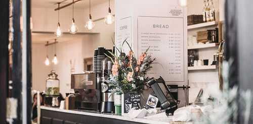 coffee shop using coffee to go