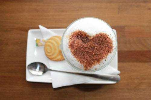 cappuccino with biscuit