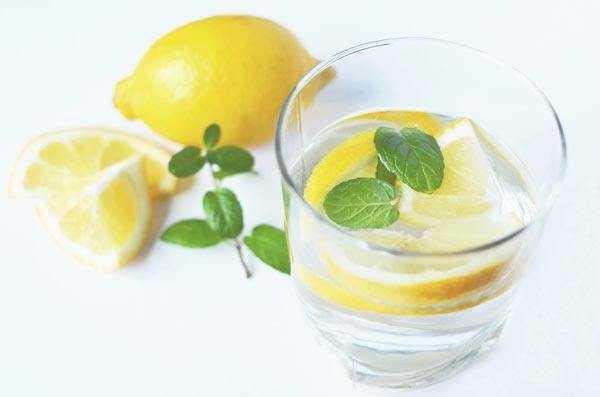 lemon water in glass