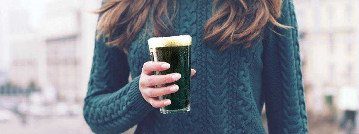 woman holding nitro cold brew