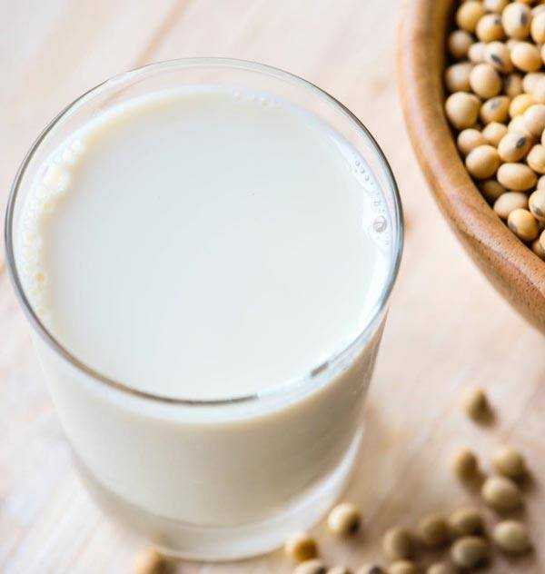 soya milk with beans