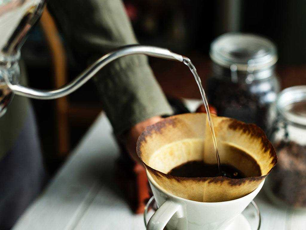 drip coffee pouring
