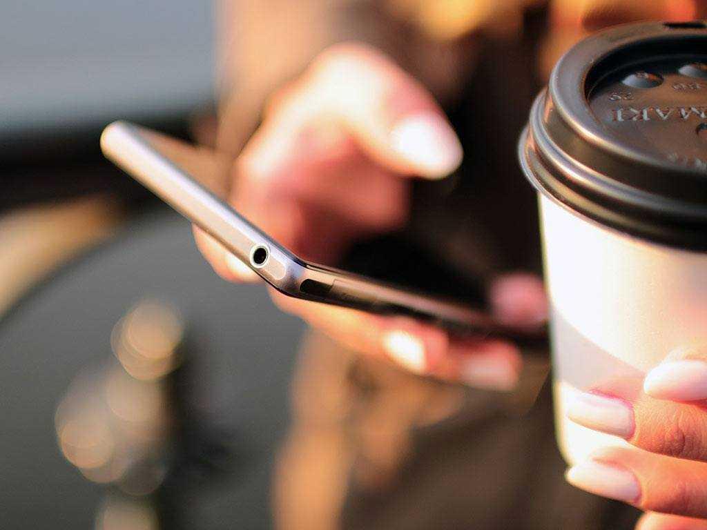coffee break outdoors