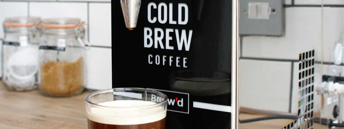 nitro cold brew dispensing a pint