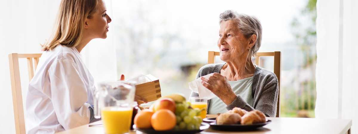 Top Ways to Prevent Dehydration and Malnutrition in the Elderly