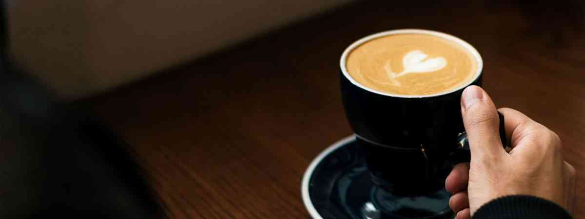 Traditional Vs. Bean to Cup Commercial Coffee Machines: What is The Difference?